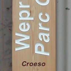 handmade oak waymarker