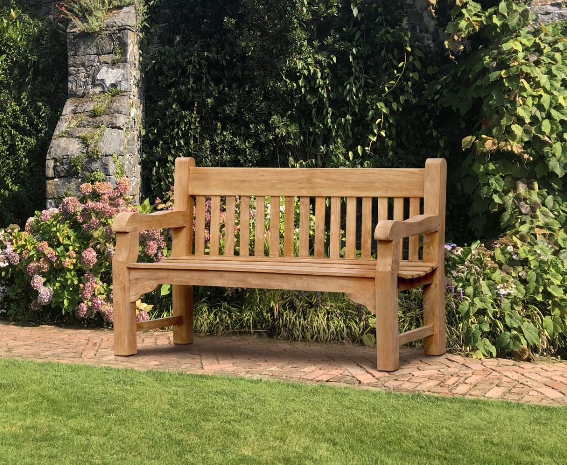cambridge memorial bench